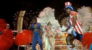 Cena de Apresentação de James Brown ao Lado Apollo Creed de Tio San