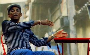 José Bezerra da Silva foi um cantor, compositor, violonista, percussionista e intérprete brasileiro dos gêneros musical coco e samba, em especial de partido-alto